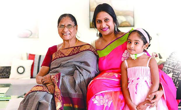 Madhuri Boddapati Centre With Her Mother Indira And Niece Ishika