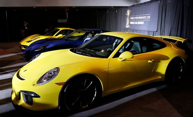 muscle cars at new york international auto show. Black Bedroom Furniture Sets. Home Design Ideas