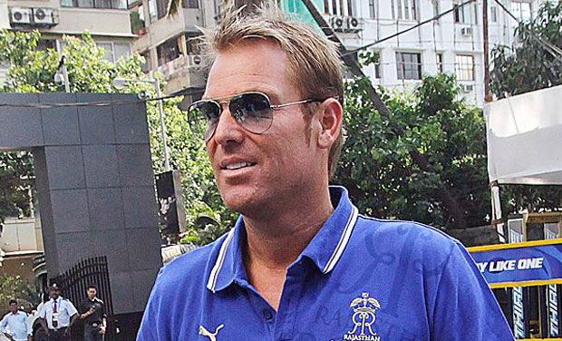 In need of love  Shane Warne insists it     s really him on dating app London  Australia cricket great Shane Warne has women on the dating app Tinder believe he is impersonating himself  The    year old Warne