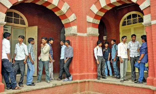 Tamil Nadu: 1,112 Anna University students get job offers