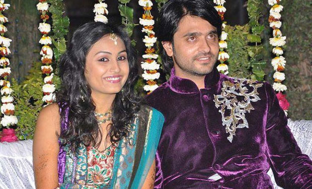 Ashish Sharma with beautiful, cute, Wife Archana Taide