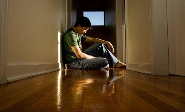 Le SUICIDE : Un fléau mondial ! Prions pour les jeunes et moins jeunes Break%20up