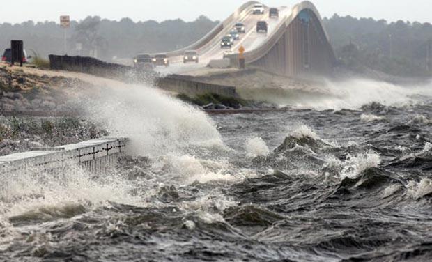 Barack Obama visiting New Orleans on hurricane's 10th anniversary