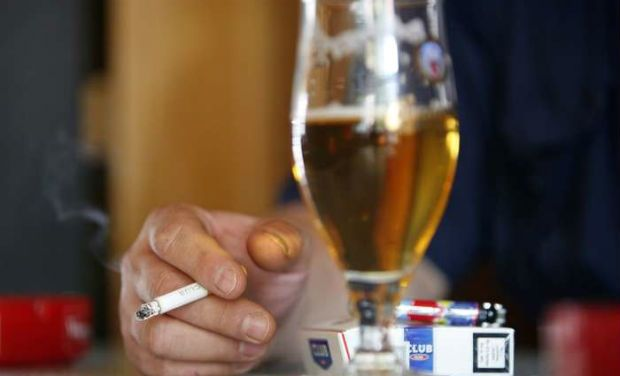 alcoholism an issue that affects a Eaps deal with all kinds of problems and provide short-term counseling, assessment, and referral of employees with alcohol and drug abuse problems, emotional and mental health problems, marital and family problems, financial problems, dependent care concerns, and other personal problems that can affect the employee's work.