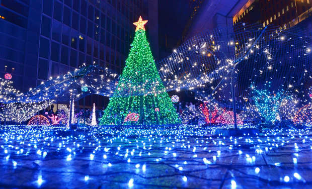 Christmas 2013: Holiday Cheer Around the World