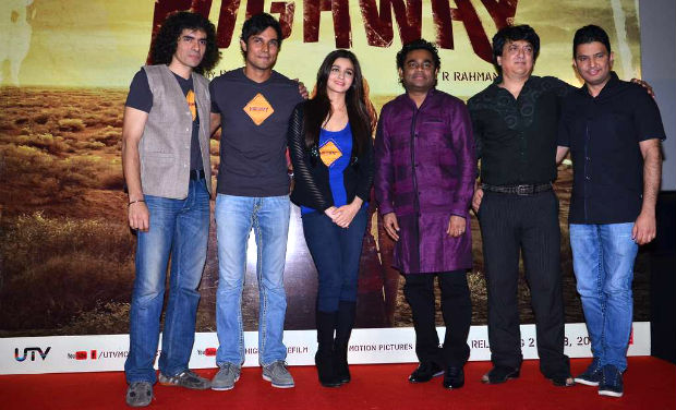 Imtiaz Ali, Randeep Hooda, Alia Bhatt, AR Rahman and Sajid Nadiadwala at the trailer launch of 'Highway'.