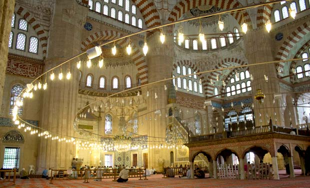sinan one of the most famous ottoman architects designed the suleymaniye mosque the - Most Famous Architect In The World