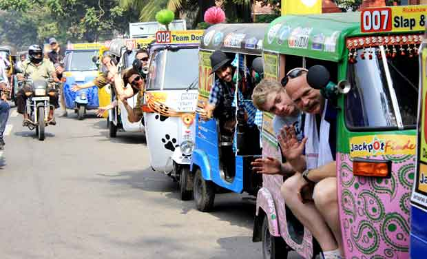 Auto Rickshaw For Rent In Trivandrum: Andhra Pradesh And South India In Pictures: January 6