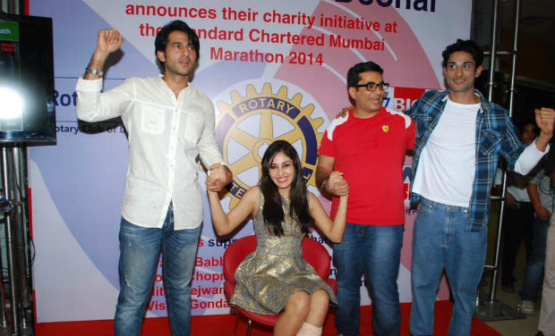 Hiten Tejwani, Pooja Chopra and Prateik Babbar were spotted at Rotary Club to support Rotary Club marathon.