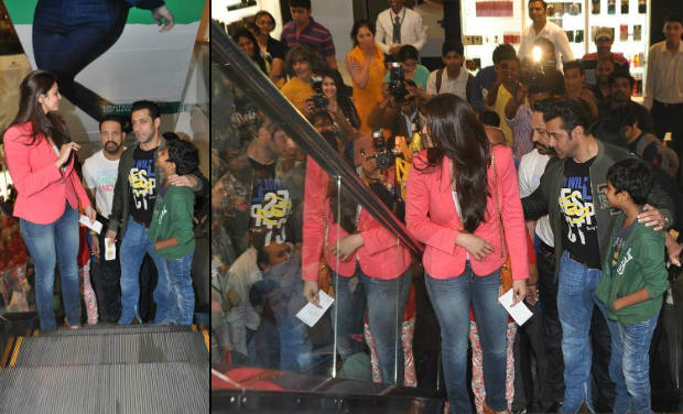 Salman Khan at the screening of the movie, 'Sholay 3D'.