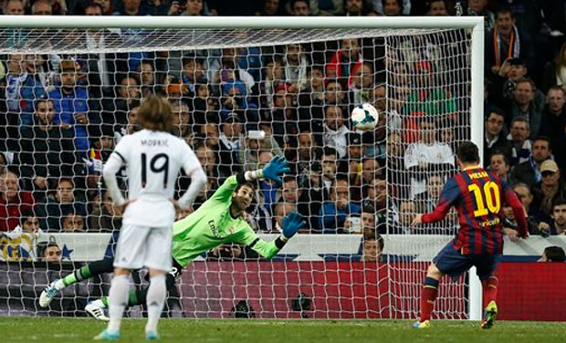 El Clasico: Lionel Messi powers Barcelona to victory over ...