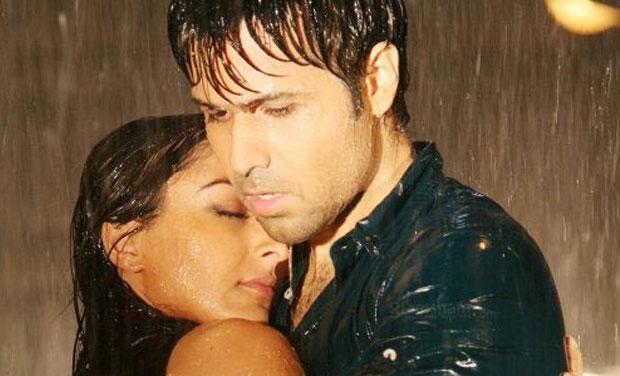 Bollywood sensuous romance scenes compilation - 3 5